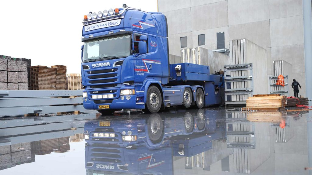 gvanbeekenzn_betonindustrie_betonwanden_laden_gerwin_transport